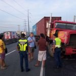HON. MAYOR JOSE HIZON TRANPIRED TO THE VEHICULAR ACCIDENT ALONG JASA ROAD BRGY. STA . BARBARA INTERSECTION