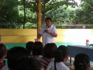 Distribution of Philhealth I.D. by Gov. Lillia Nanay Pineda to the people of Bacolor (12)