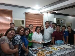 Distribution of Philhealth I.D. by Gov. Lillia Nanay Pineda to the people of Bacolor (7)